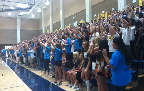 Link Crew Leads Freshmen into High School