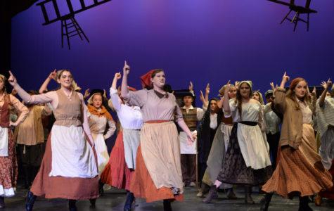 'Fiddler' Cast Shines