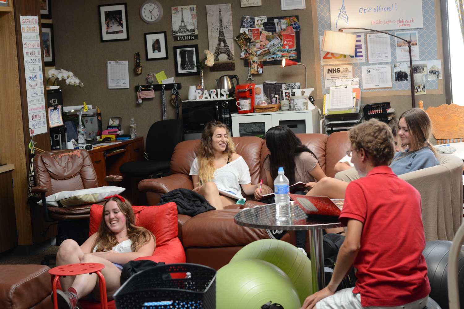 Students in Keeler's room sit comfortably on couches,  and bean bags to learn in an efficient way.