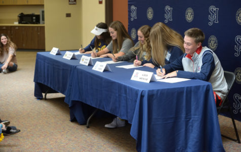 Stallions Commit on Signing Day