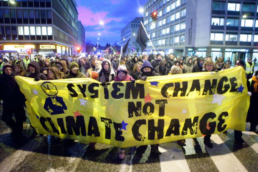 Worldwide Student Strikes Bring Awareness with Climate Change