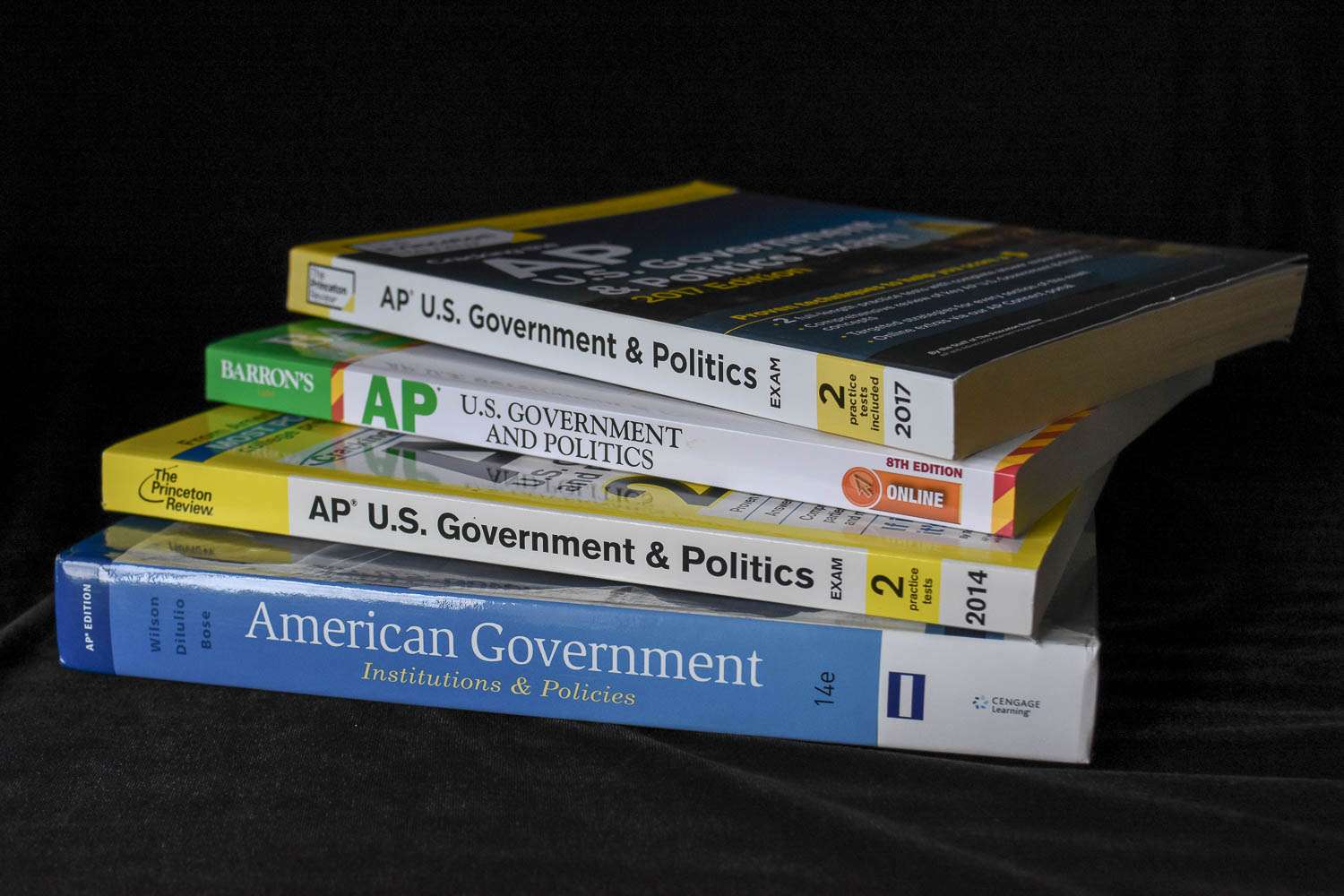 Review guide publishers have not yet printed new books for the AP Gov. redesigned course.